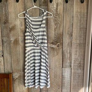 Grey / White Gap Asymmetrical Flowy Summer Dress